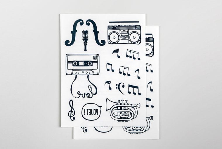 carreaux-line-caroline-chauveau-la-musique-dans-la-peau-visuel-produit-la-musique-dans-la-peau copie